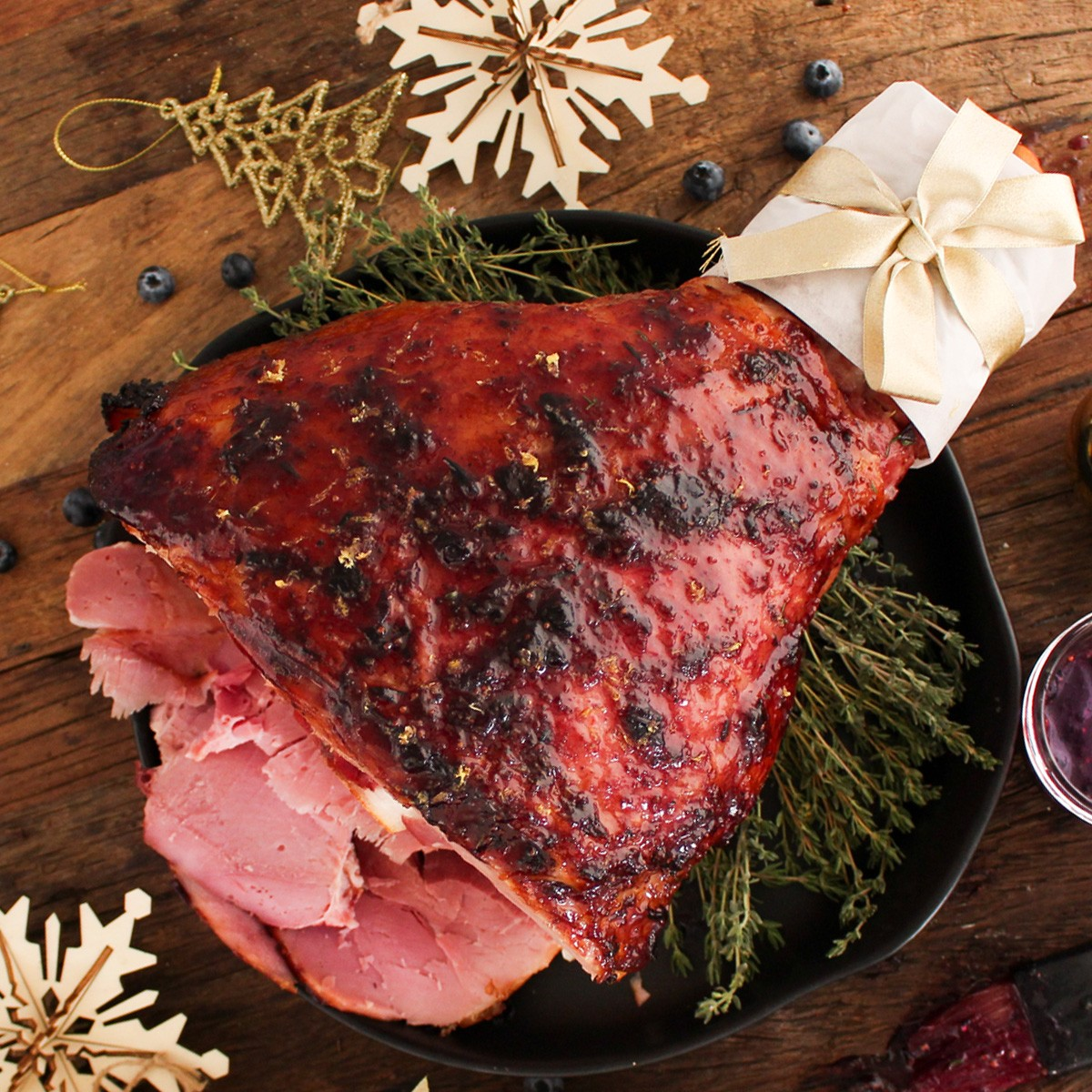 Blueberry, lemon and brandy ham - Three Aussie Farmers Leg Ham
